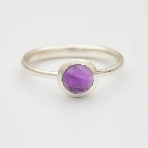 amethyst polished ring